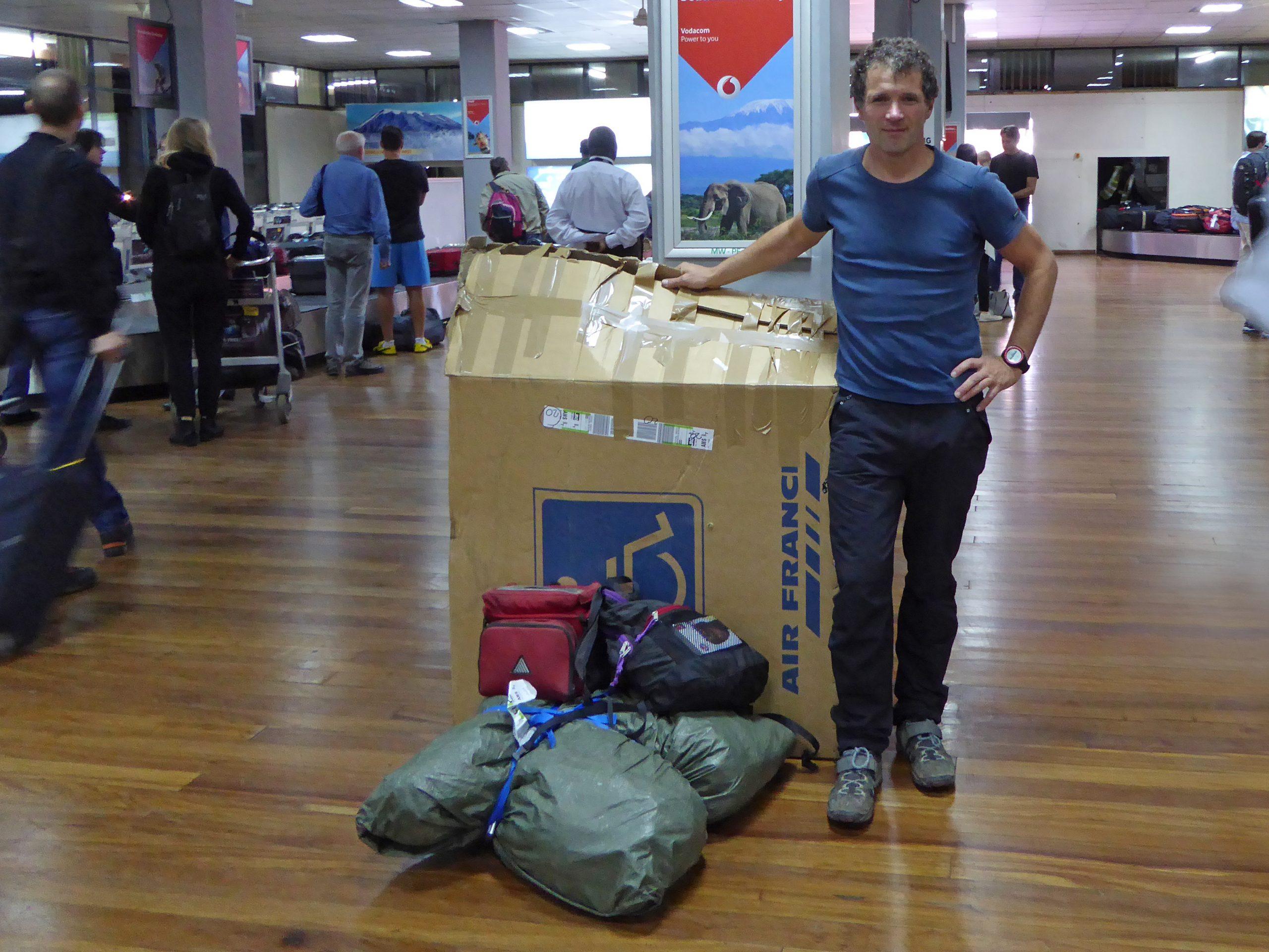 Radreise Afrika 2014 - Kilimanjaro International Airport