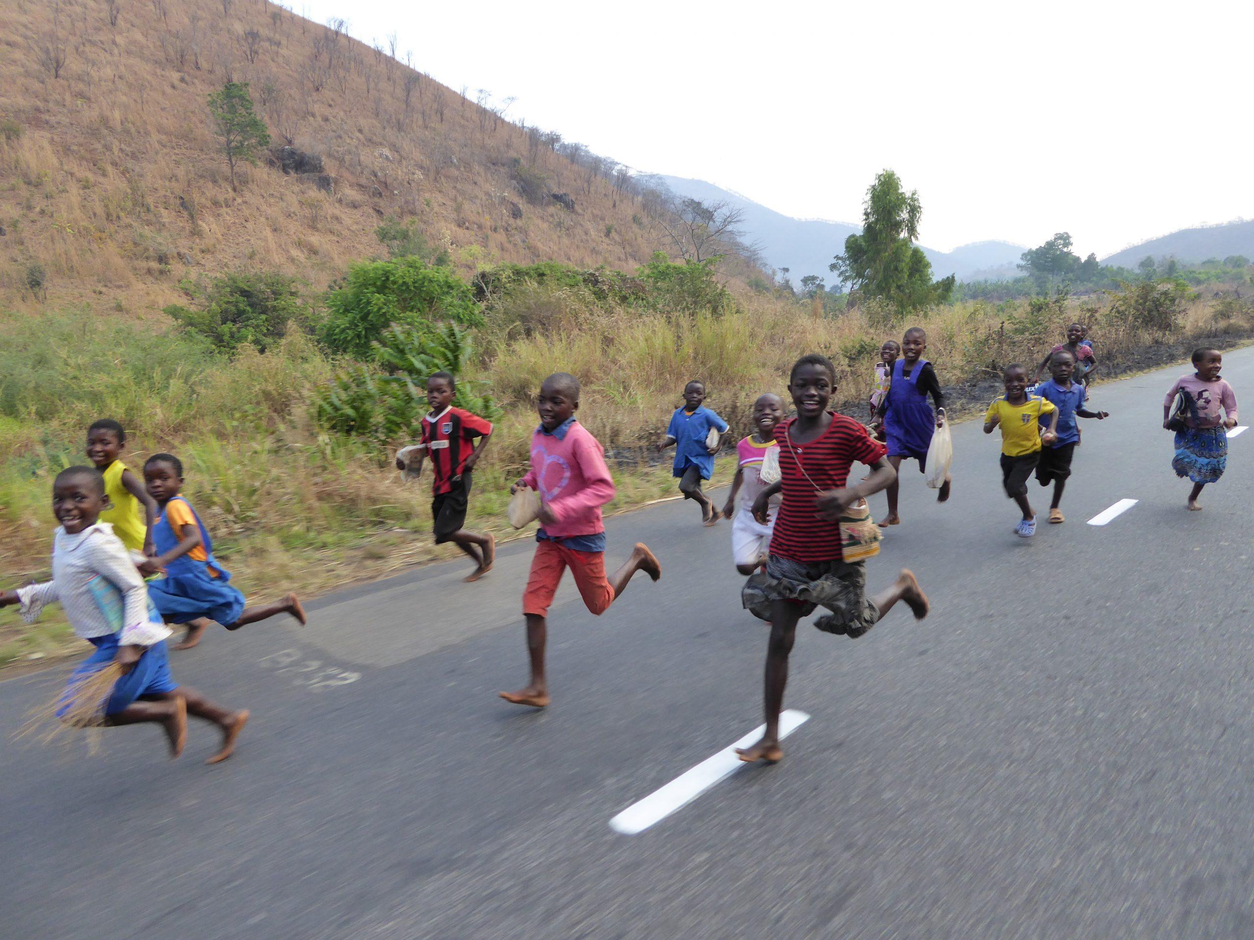 Radreise Afrika 2014 - Schulkinder