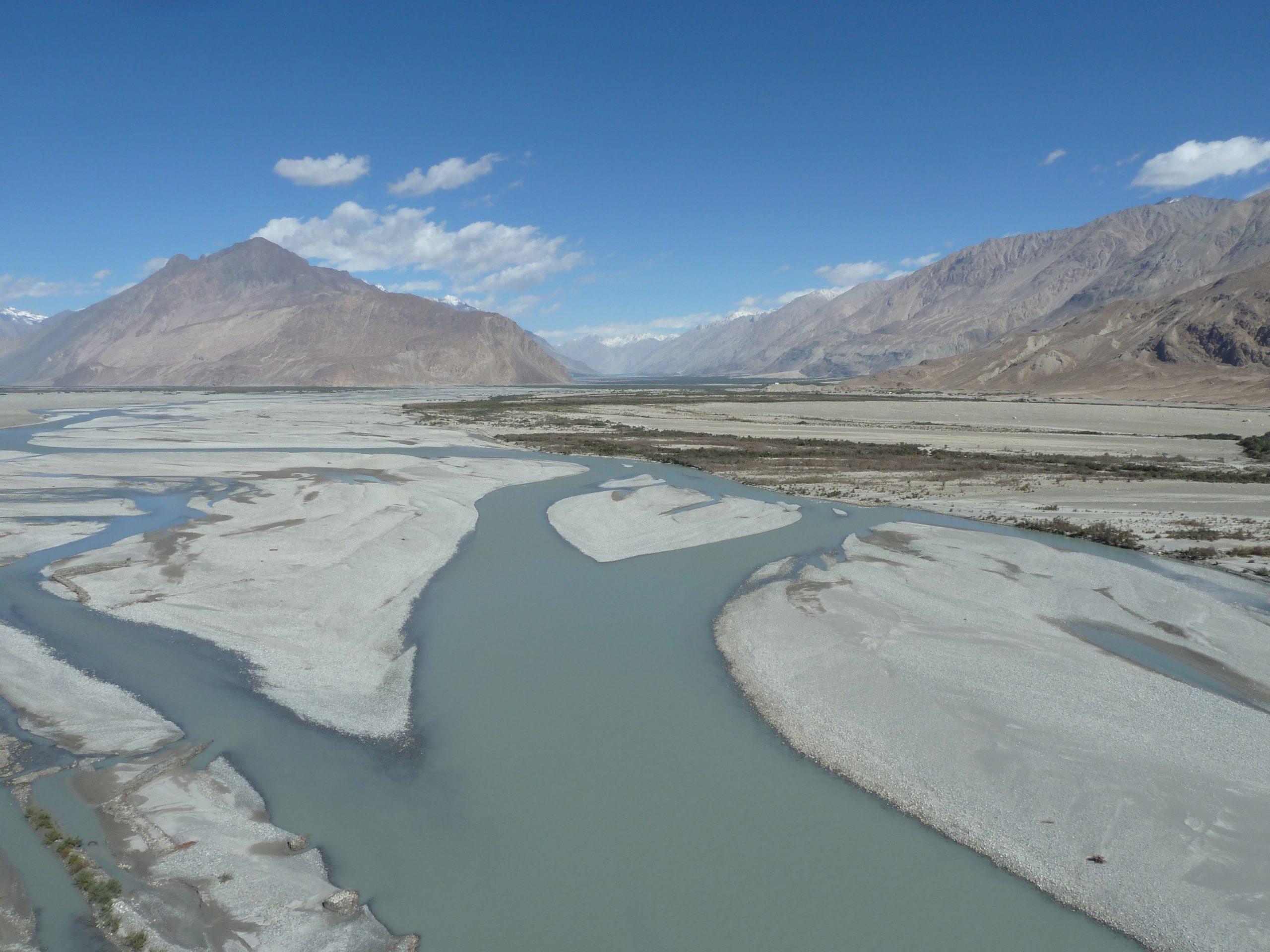 Radreise Ladakh 2012 - Links Shyok und rechts Nubra