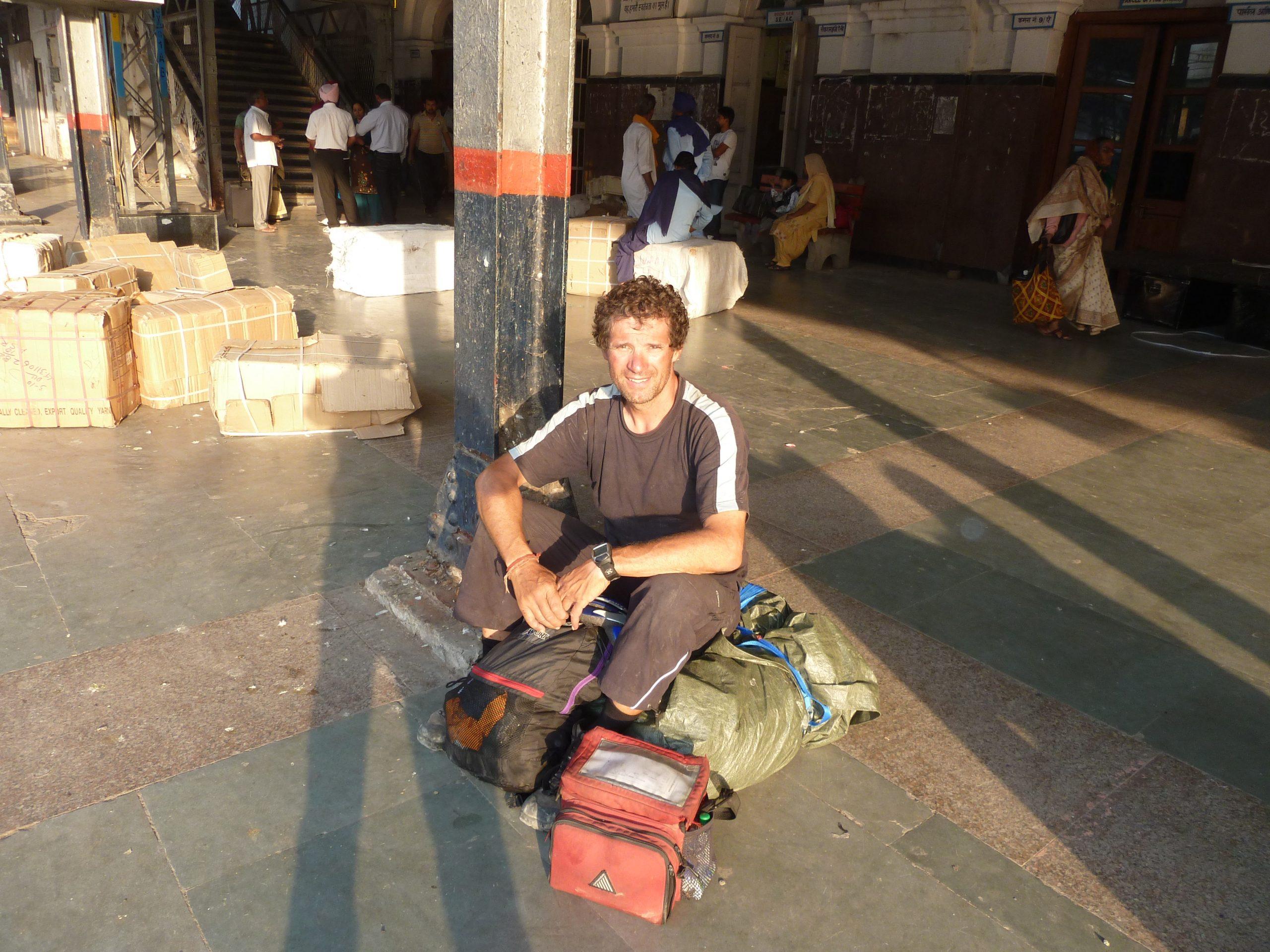 Radreise Ladakh 2012 - Bahnhof in Amritsar