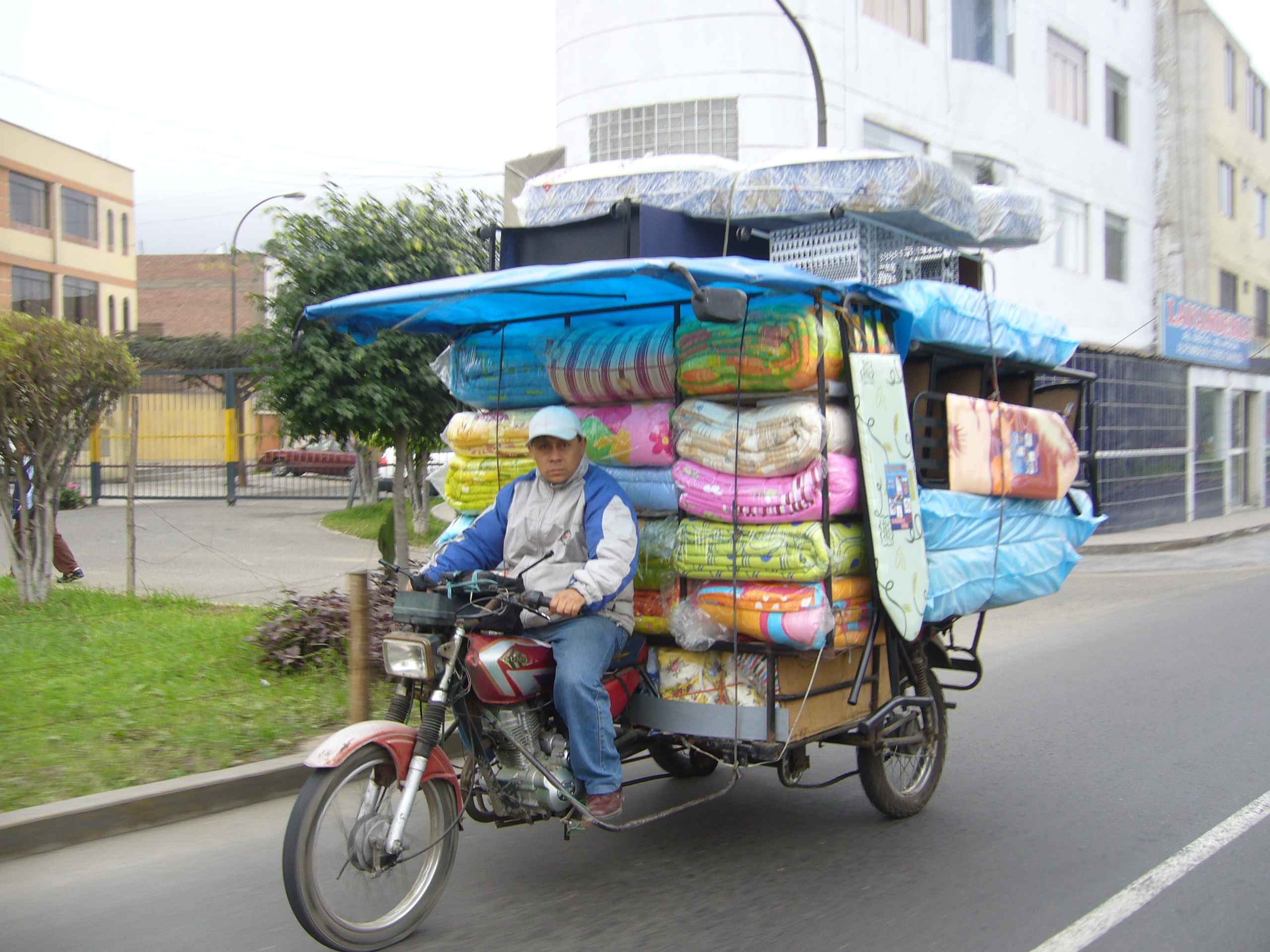 Radreise Peru 2008 - Motor-Rikscha in Lima