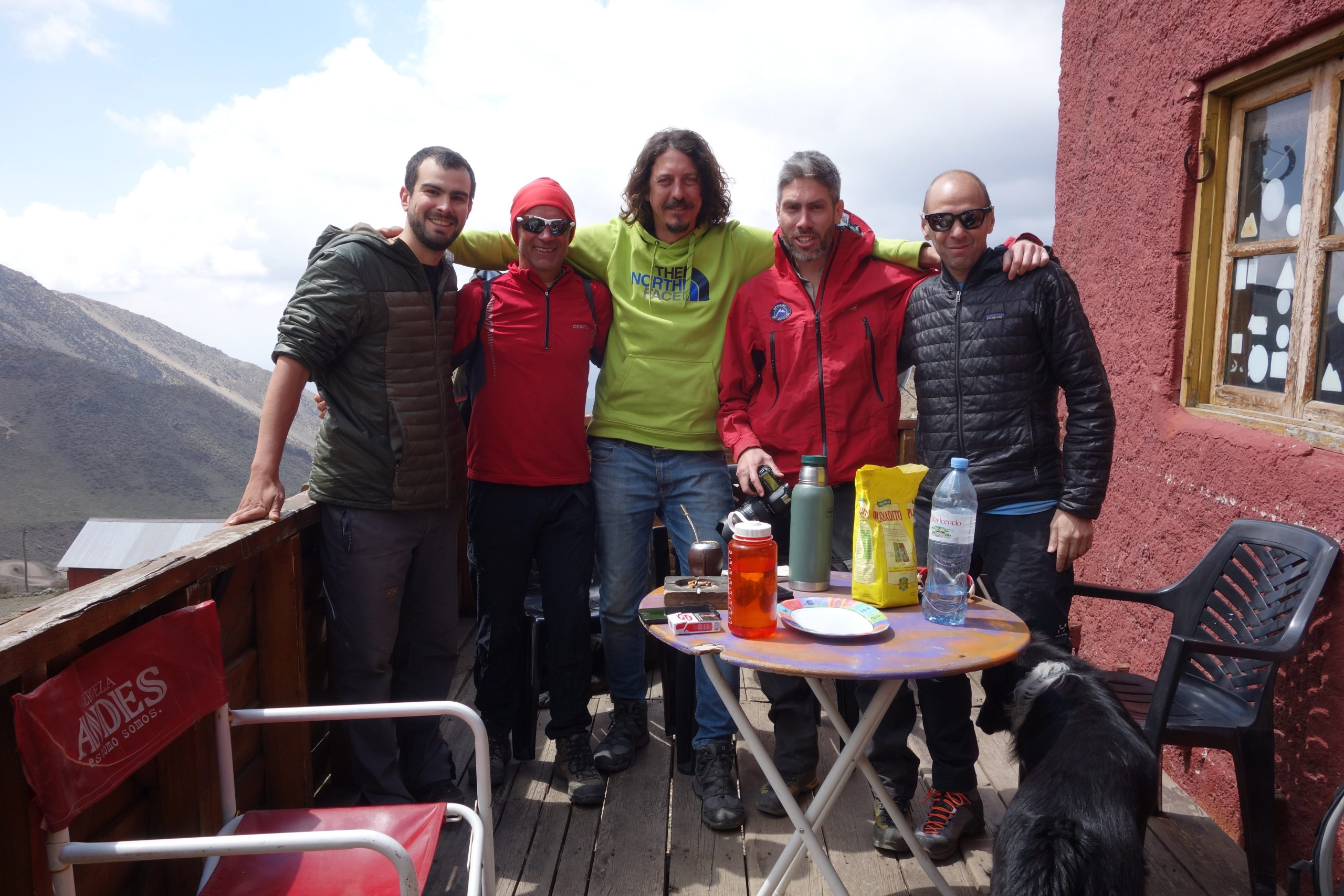 Radreise Südamerika 2019 - Gruppenbild am Refugio Mausy (3.000m)
