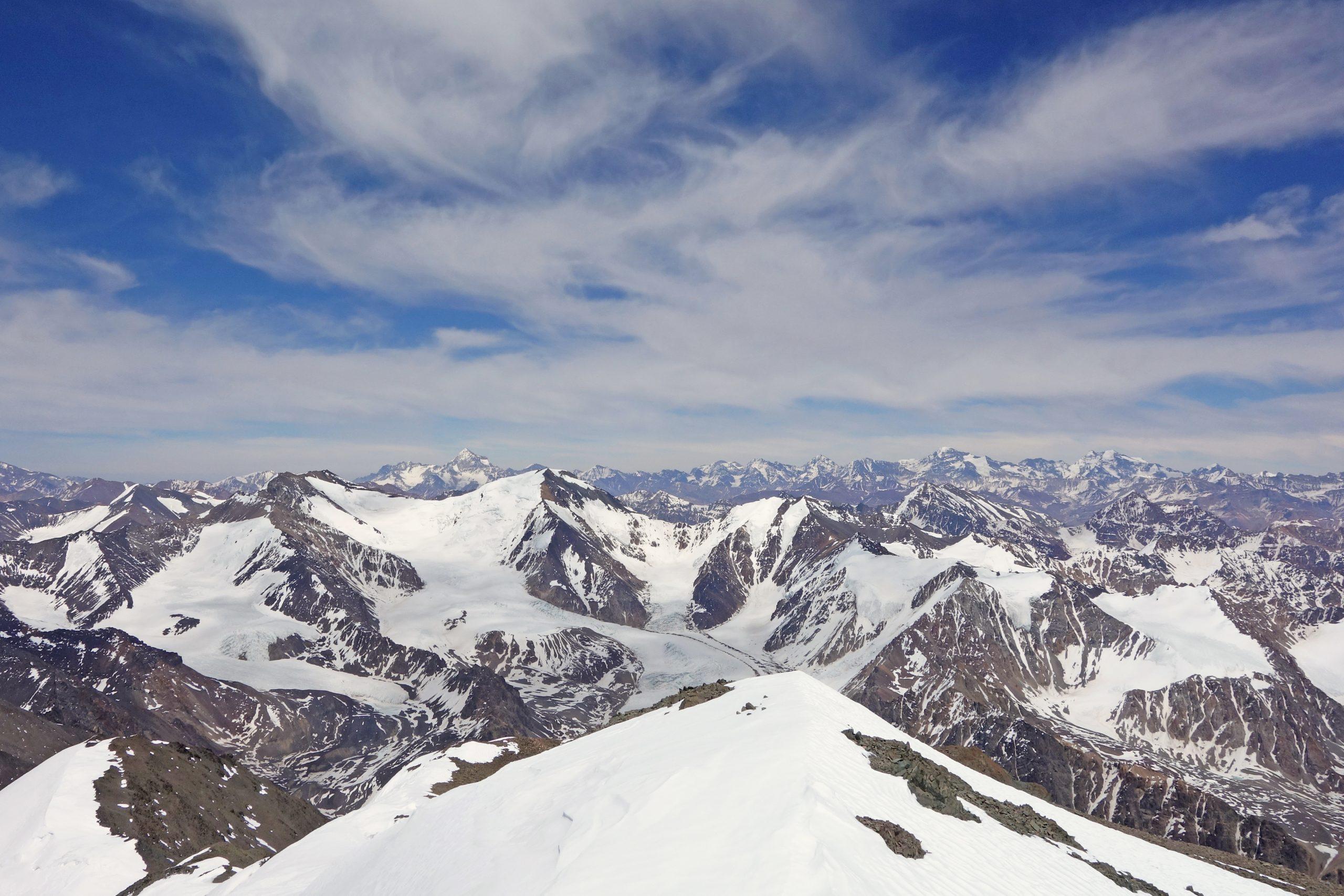 Radreise Südamerika 2019 - Auf dem Cerro Plata (5.980m)
