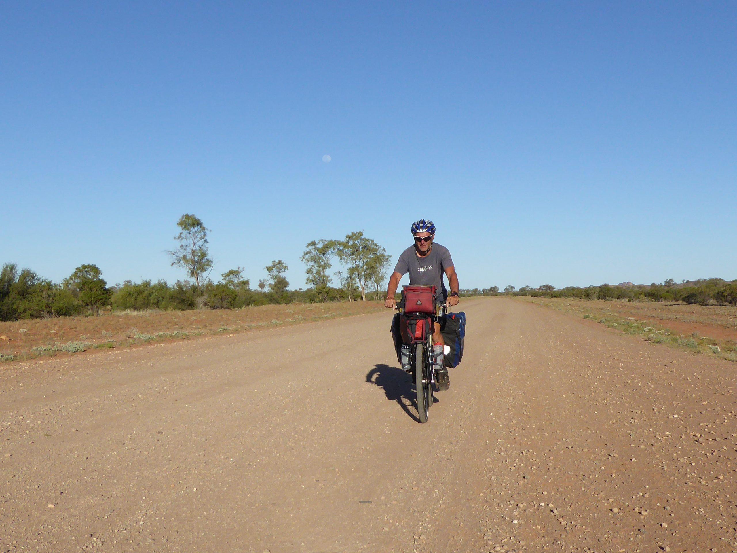 Radreise Australien 2016 - Ernest Gilles Road