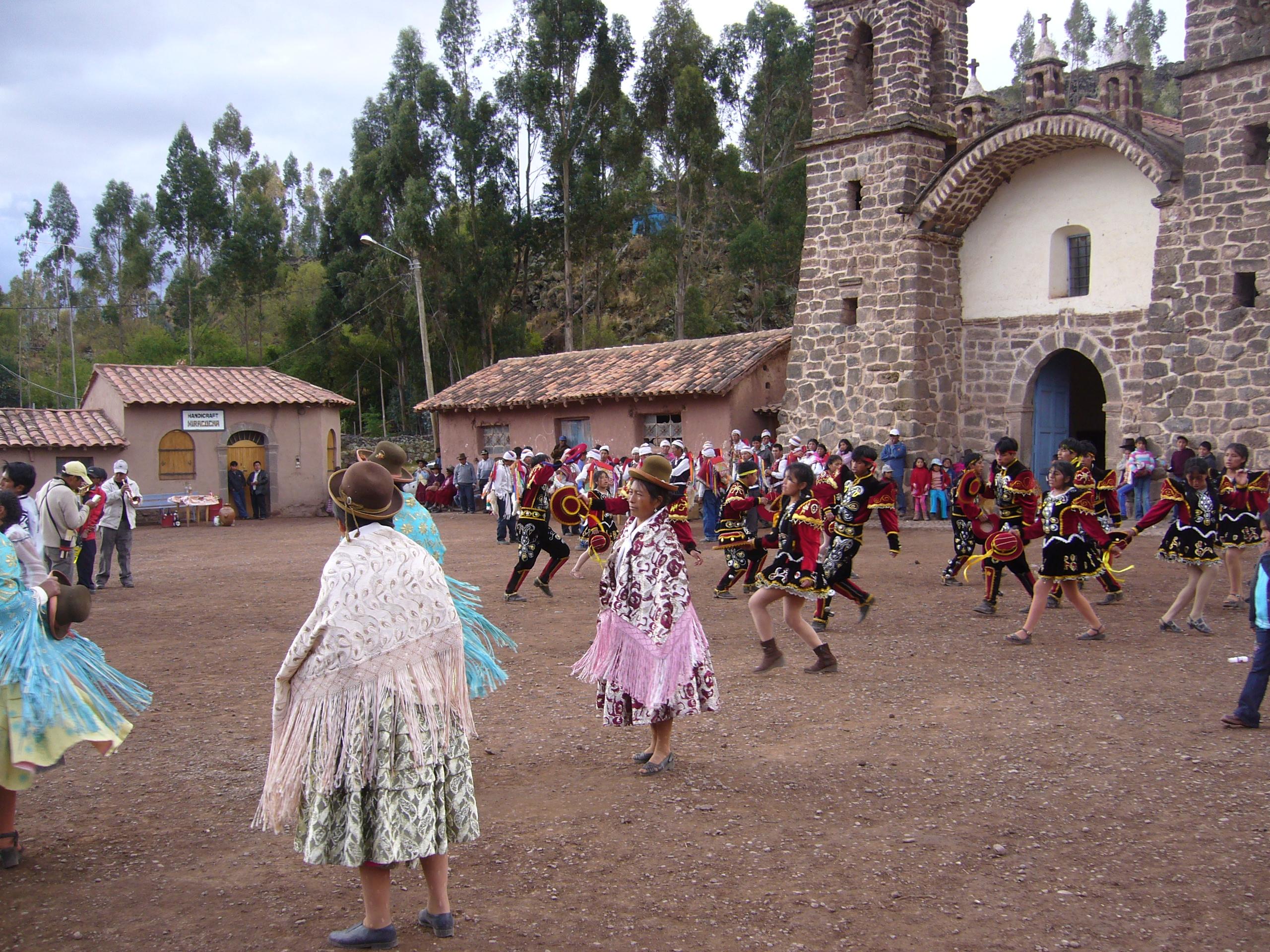 Radreise Peru 2008 - Fiesta in Raqchi bei San Pedro