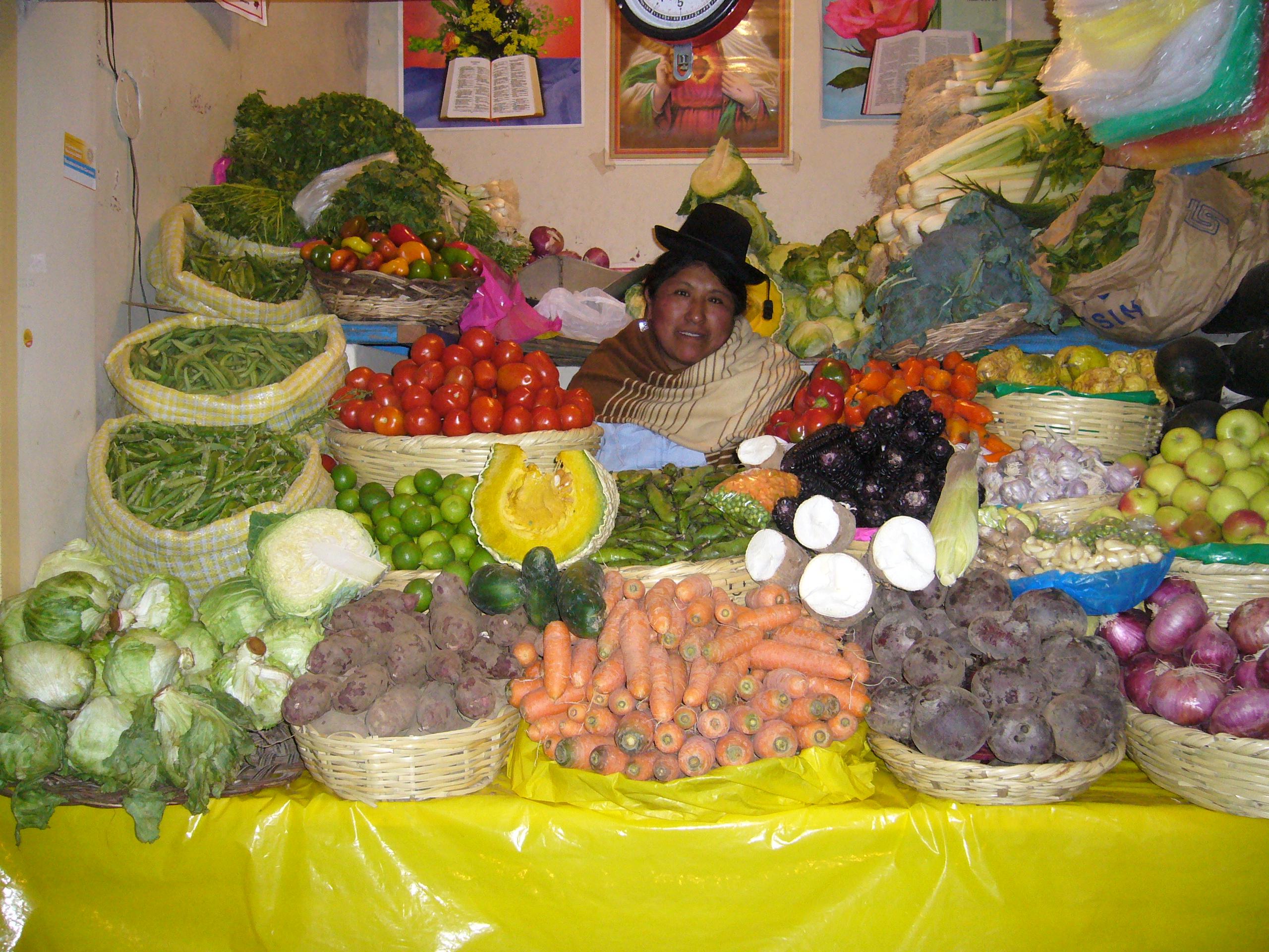 Radreise Peru 2008 - Gemüsemarkt in Puno